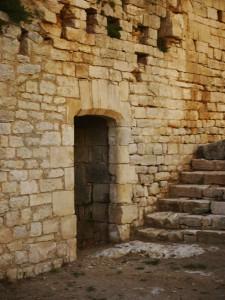 escalier accès au donjon